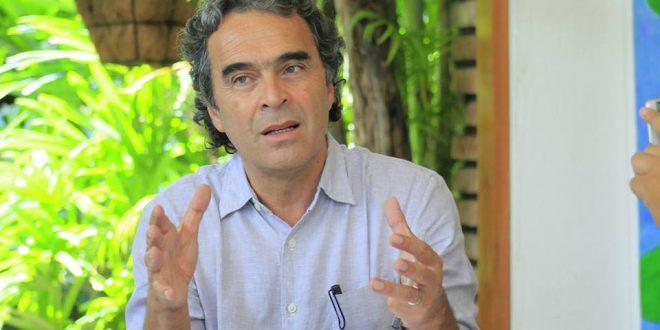 'Nosotros no cabemos en ninguna de esas calificaciones ni derecha, ni izquierda', Sergio Fajardo