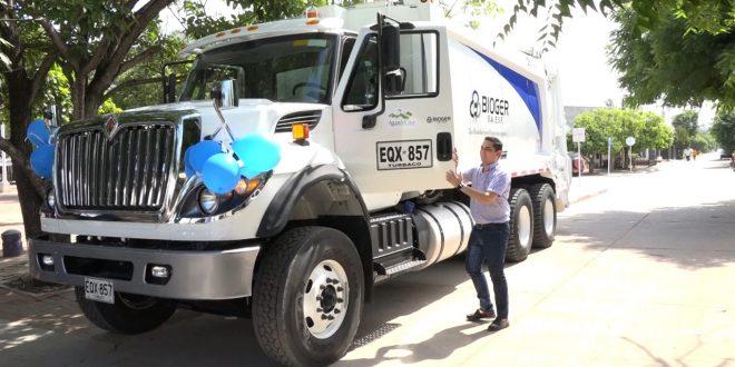 Aguas del Cesar y Bioger entregaron un nuevo carro de aseo