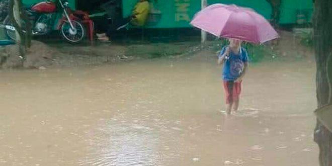 El barrio en Pelaya que no aguanta un aguacero más