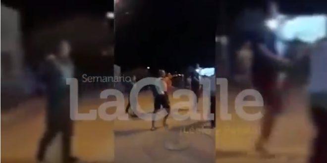 (Video) Policías habrían protagonizado pelea en Media Luna, Cesar