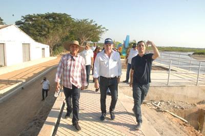 Gobernador Ovalle inaugura obra en el sur del Cesar