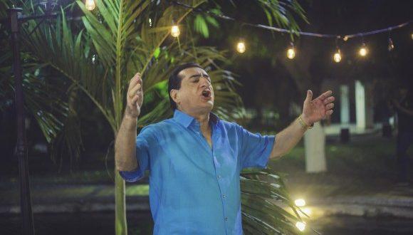 La jocosidad y naturalidad del maestro Jorge Oñate no pasa de moda.